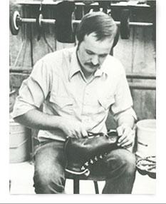 Рэнди Меррелл создает ботинки