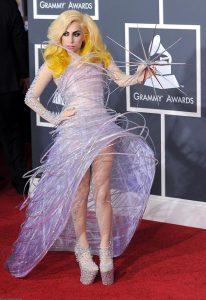 Леди Гага в наряде от Армани