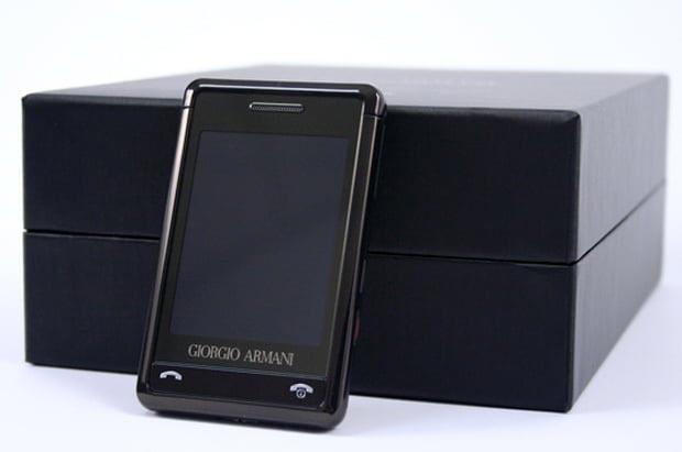 Телефон Giorgio Armani