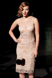 Скарлетт Йоханссон в платье Dolce & Gabbana