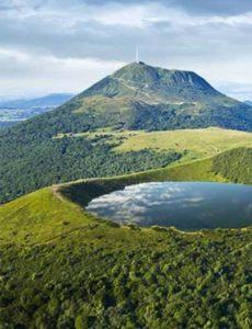 Вулканический регион Овернь