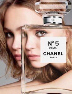 Лили-Роуз Мелоди Депп в рекламной кампании Chanel N°5 L'Eau