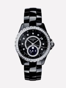 Часы от Chanel J12