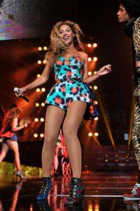 Beyonce в наряде Kenzo