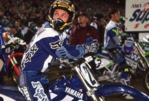 Гэри Джонс в экипировке Fox Racing