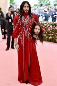 Джаред Лето в шокирующем наряде от Gucci