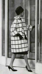 Пальто-шар от Givenchy
