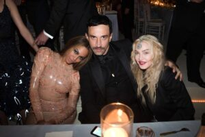 Риккардо Тиши с Мадонной и Бейонсе