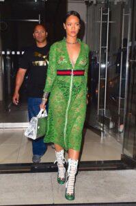 Рианна в наряде от Gucci