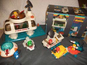 Игрушки серии Li'l Playmates