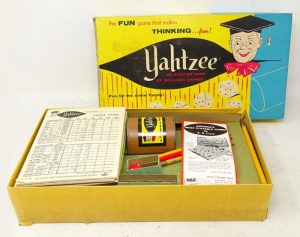 Азартная игра Yahtzee E. S. Lowe Company