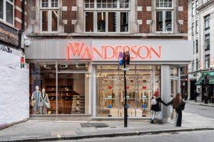 Флагманский магазин JW Anderson