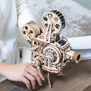 Деревянный механический ретро проектор Robotime